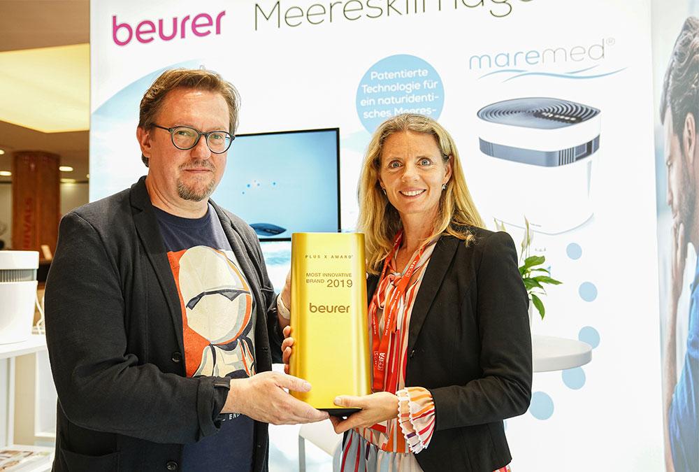 Frank Kreif und Kerstin Glanzer (v.l.) bei der Preisübergabe  (Foto: Messe Berlin)