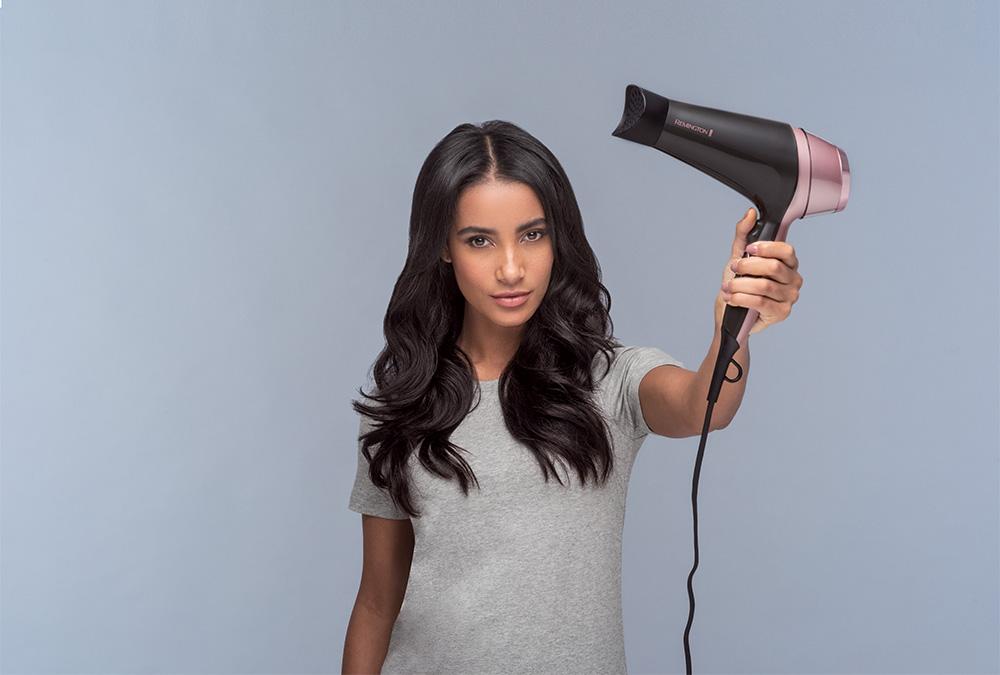 Curl & Straight Confidence Haartrockner D5706: Der Blow-Dry-Look für zu Hause
